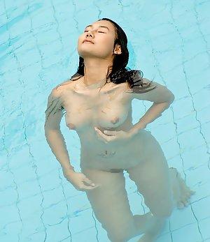 Pool Porn